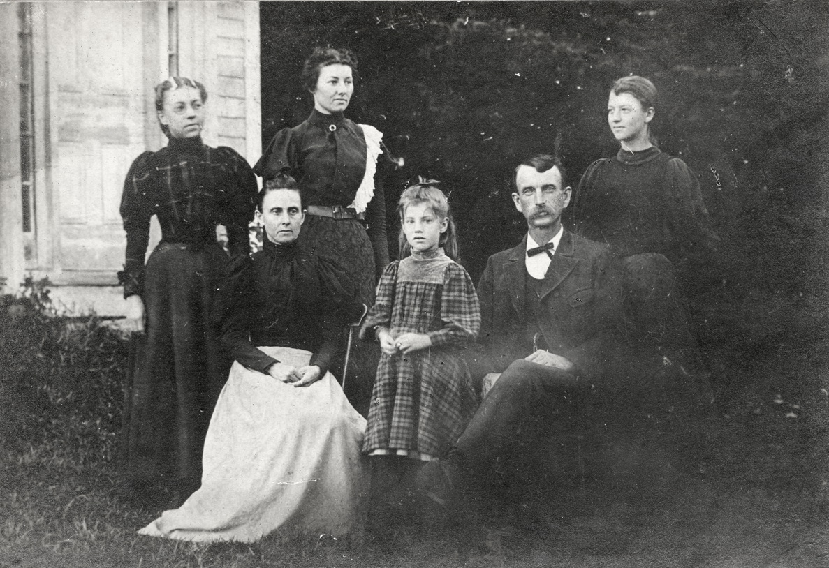 Herman Newell Treworgy and Adeline Addie L. (Smith) Treworgy and Four Daughters