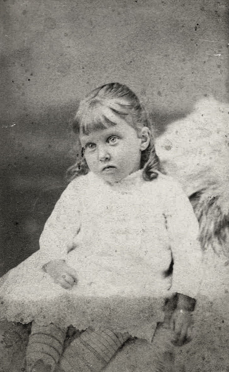 Julia Booth (Norwood) Gott as a Child