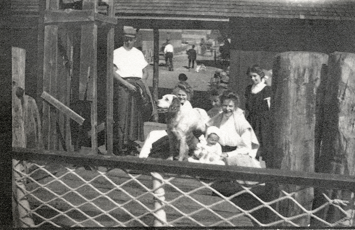 The Carroll Family Goodbye to Nell Rebecca (Carroll) Thornton at Steamboat Wharf