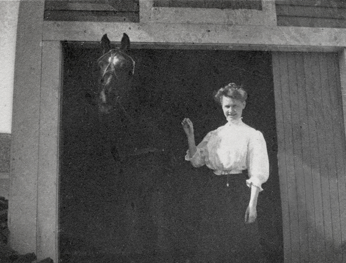Nell Rebecca (Carroll) Thornton with Prince at Houlton, Maine
