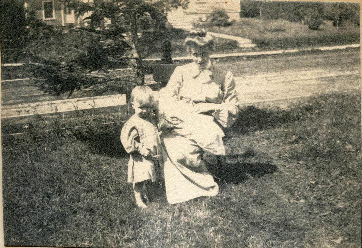 Alice Carroll, Mrs. Fred Eaton Young, and Family
