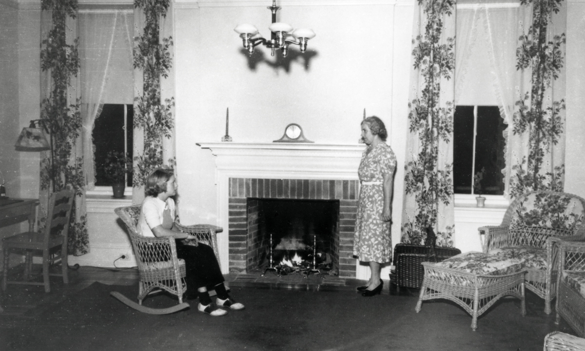 Samuel Champion Cooper's Cottage - The Larches - Marian Cooper (Morton) Rogers and Daughter Marian
