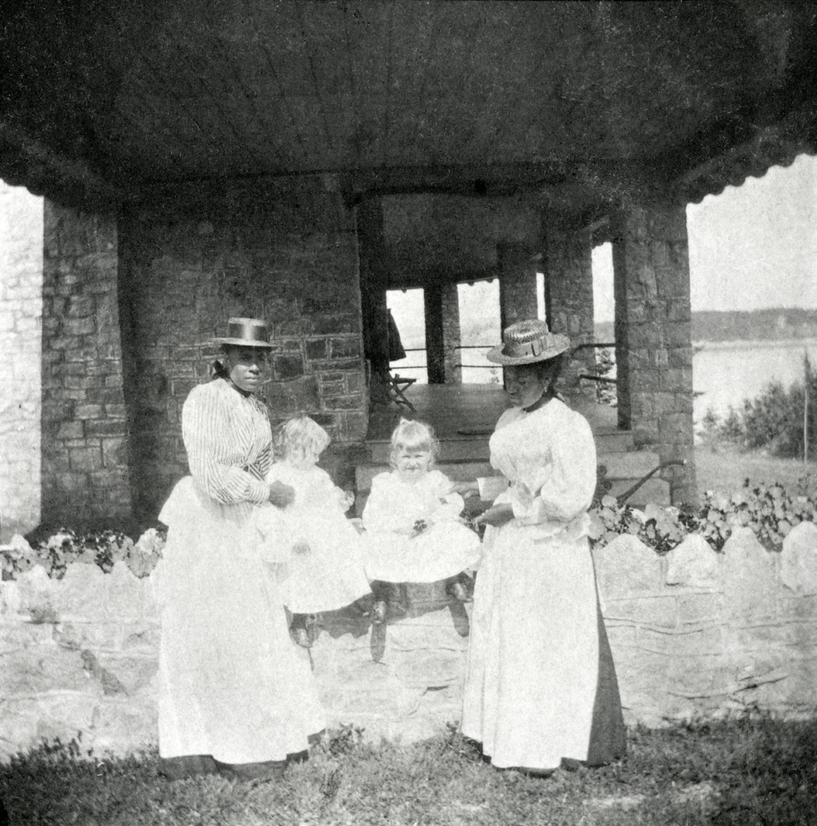 Samuel Champion Cooper's Cottage - The Larches - Two Joseph Walter Cooper Children and Their Nurses
