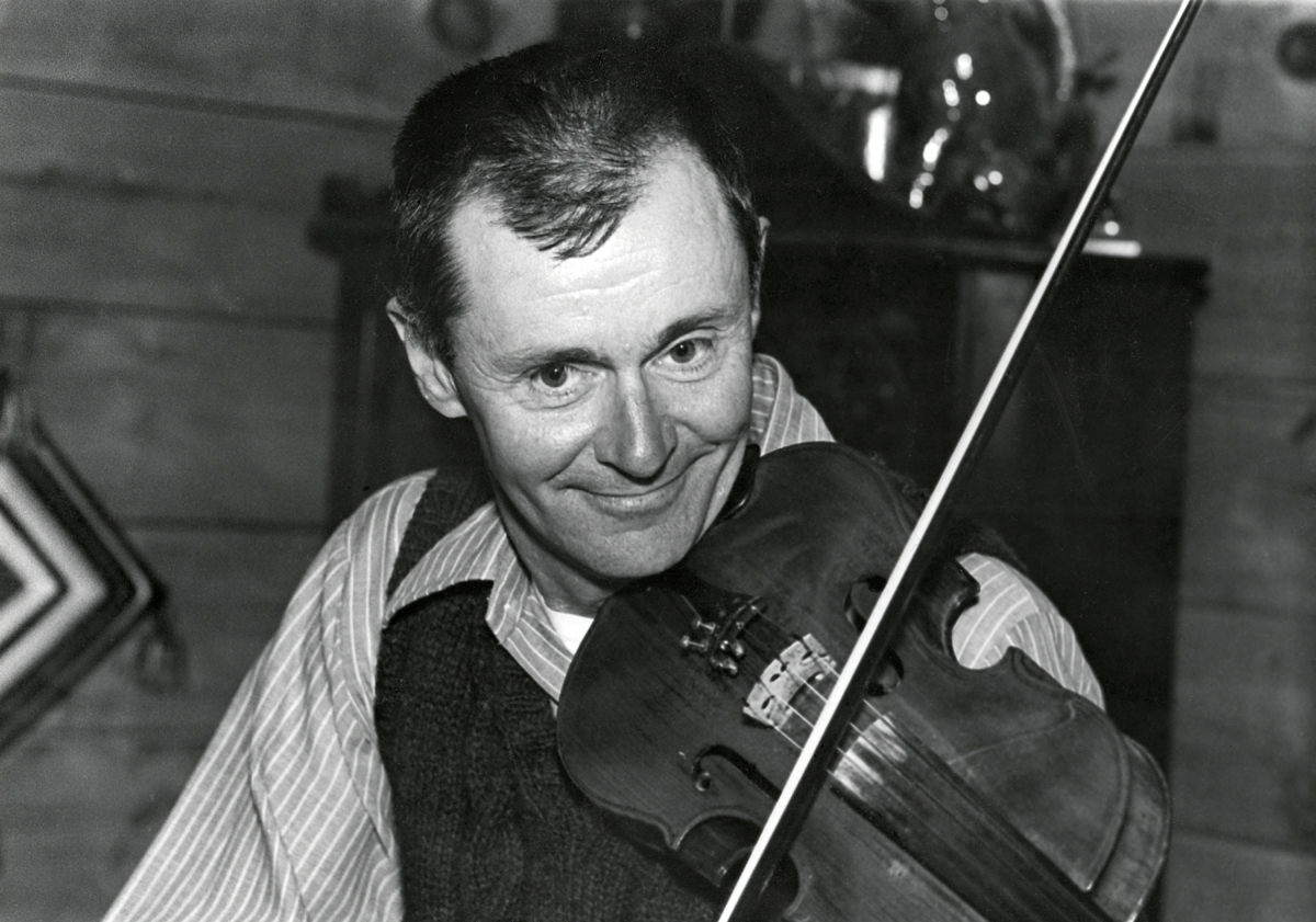 Ralph Warren Stanley Playing His Spurling Violin