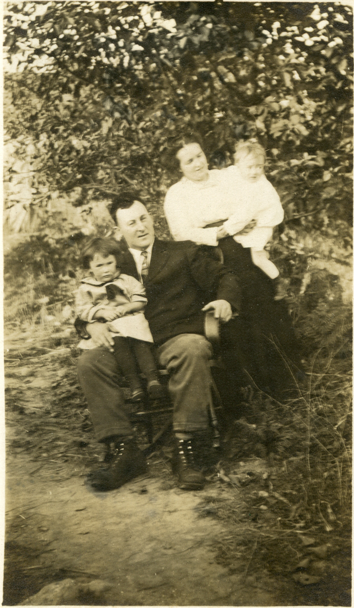 Alfred Gilley Stanley and Mabel Florence (Moore) Stanley, Marion E. Stanley and Charles Warren Stanley