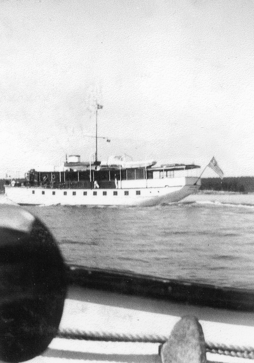Motor Yacht Owned by Atwater Kent