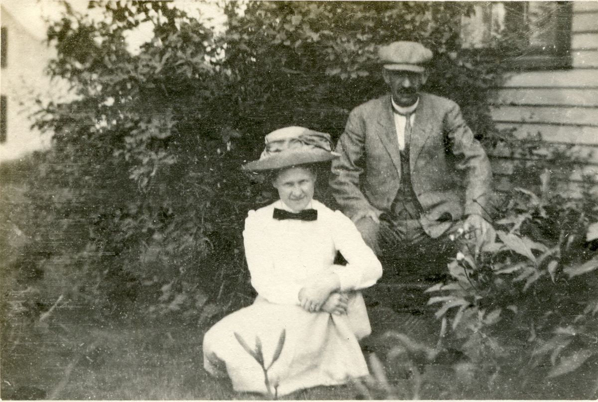Nell and Seth Thornton