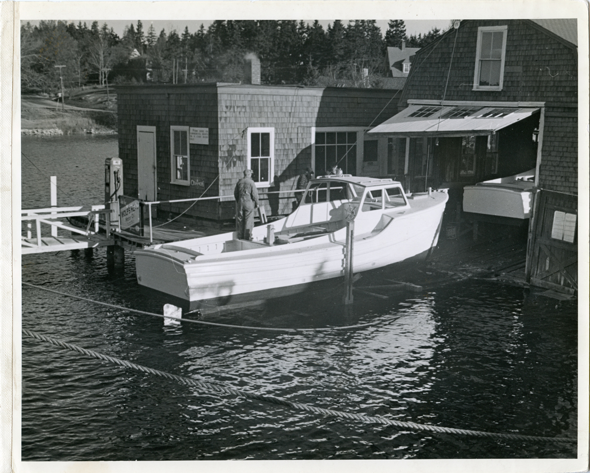 The Henry R. Hinckley Company - Southwest Boat Corporation - Howie Robinson in a Lobster Boat