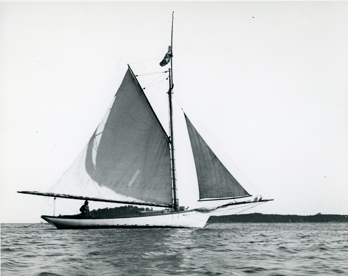 "Maine Sloop Boat ""Beulah"" Off Bear Island"