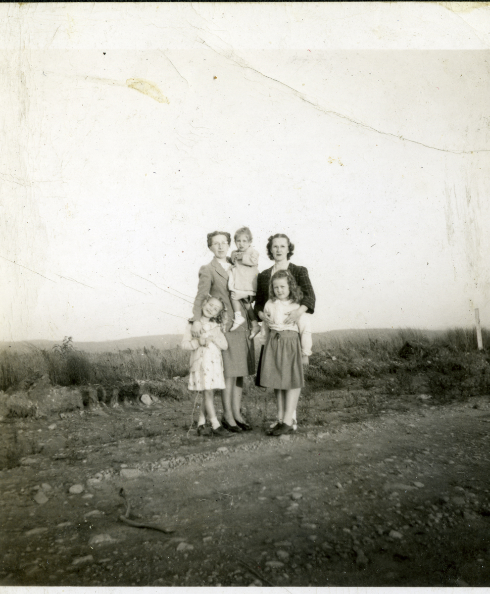 Sisters Mary E. (Thurston) Fleming, Mrs. Paul E. Fleming and Esther A. (Thurston) Williams, Mrs. William G. Williams