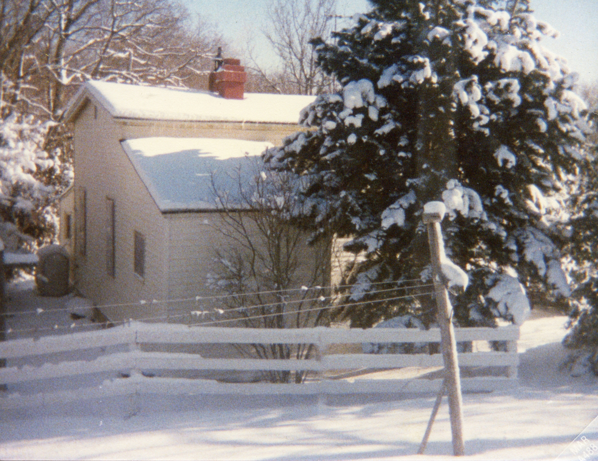 A Southwest Harbor Post Office as a Private Residence on Phillips Lane