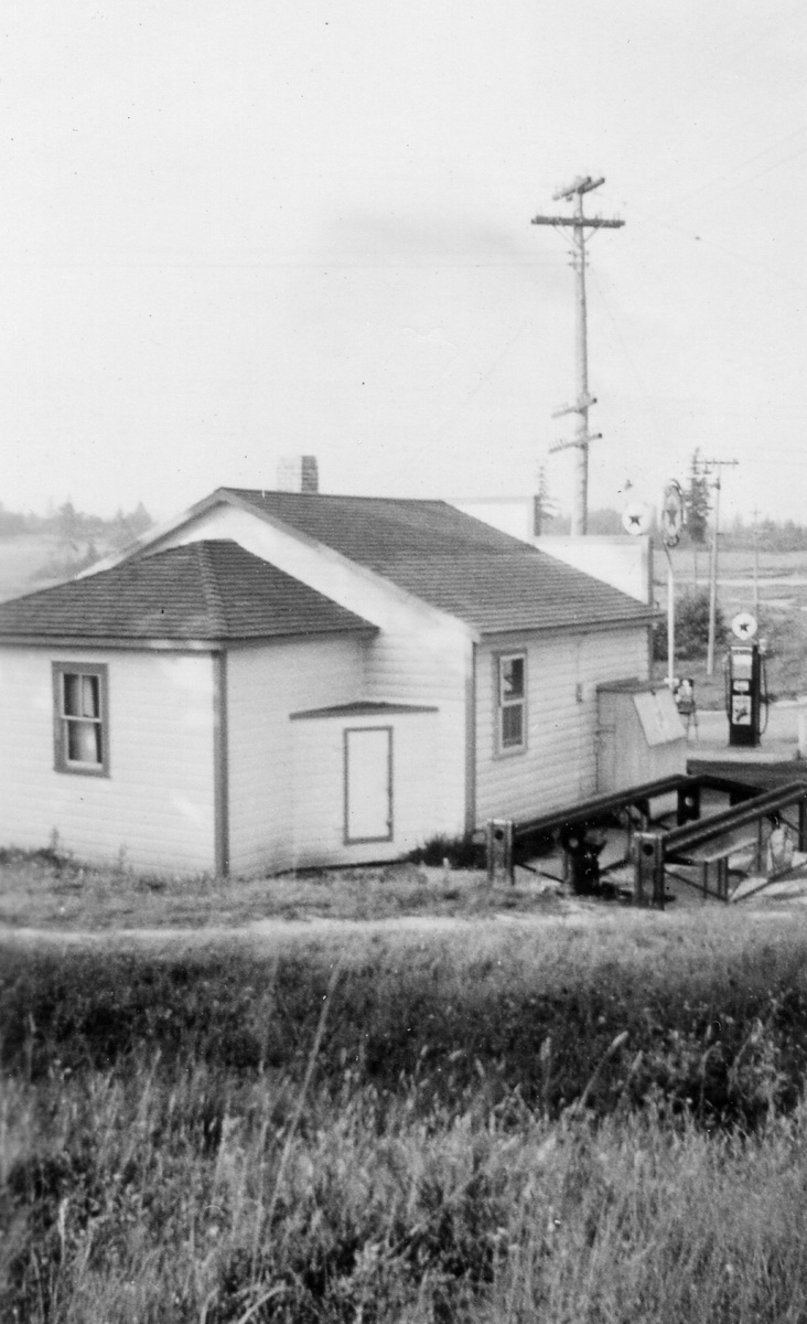 Roger Clifton Rich's Capitol Corner Filling Station - Rear View