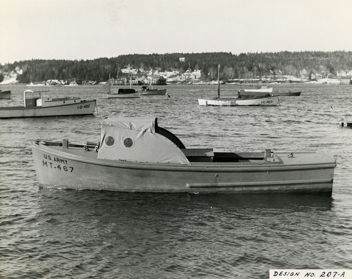 1942 - Army Boat - MT-467 - Design 207-A Built by Henry R. Hinckley Company