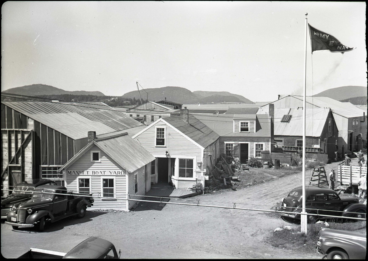 Yard and Shop of the Henry R. Hinckley Company