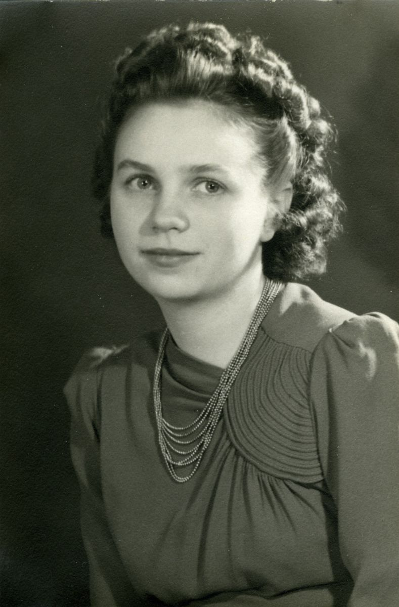 O'Brien - Mary L.ouise (O'Brien) Worcester (1922-2016)