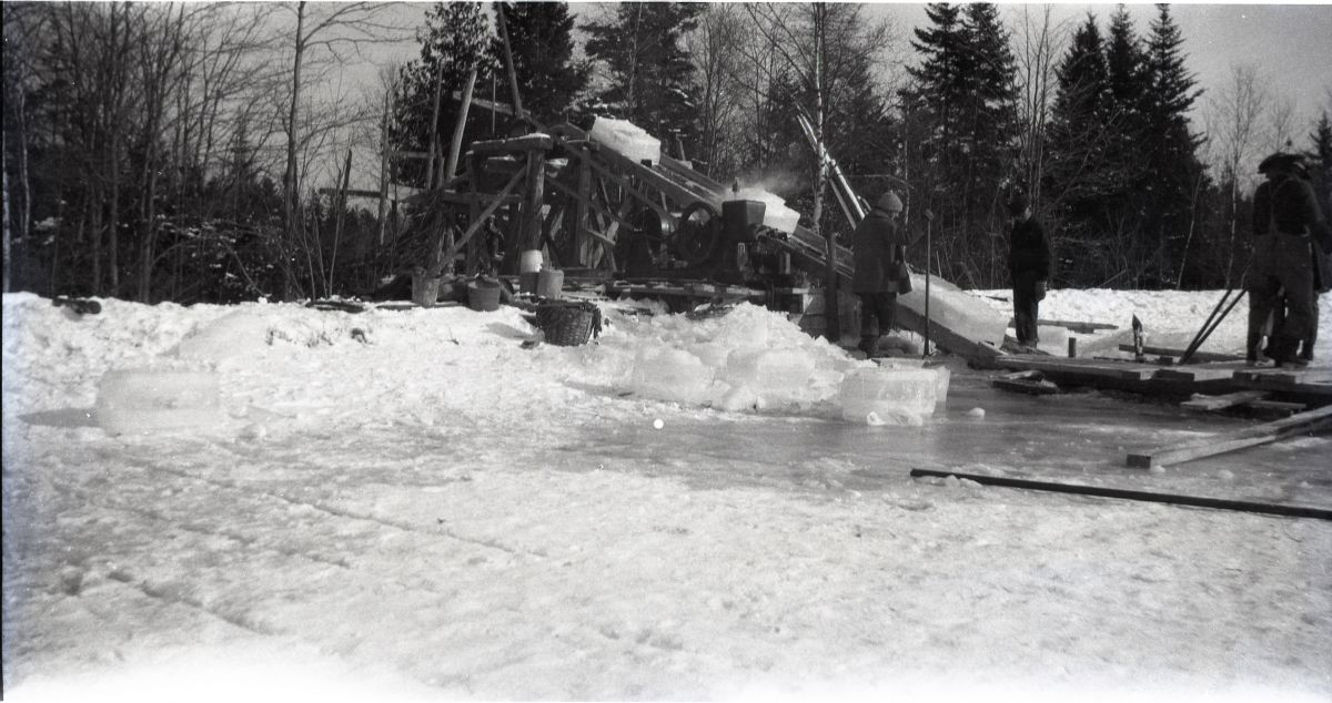 Lawler Ice Business, Harvesting Ice at Chris's Pond