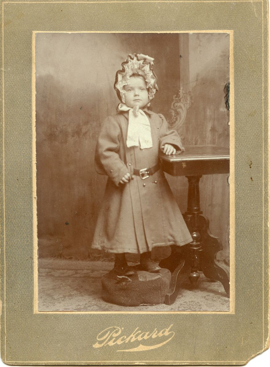 Mary Emma Wamsley (Lenhard) Coates as a Toddler