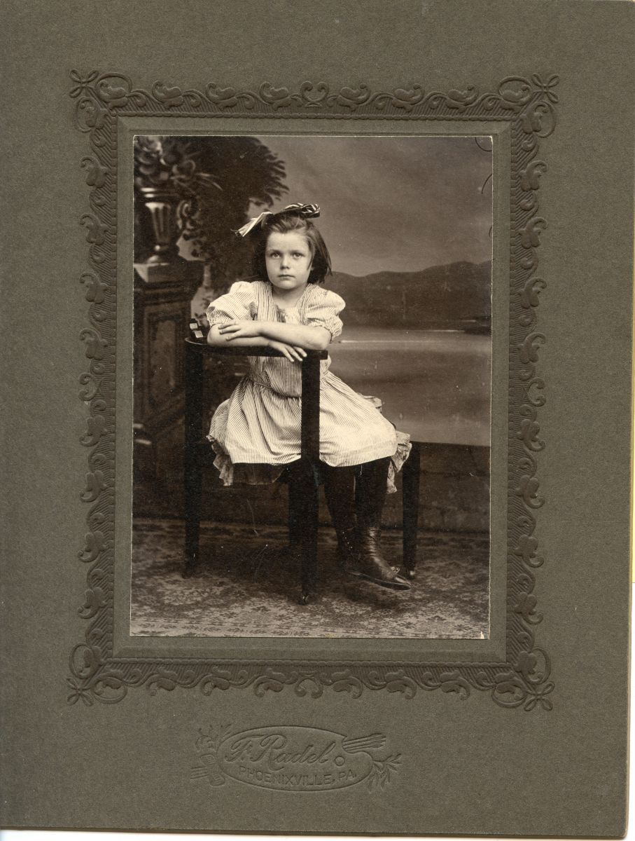 Mary Emma Wamsley (Lenhard) Coates at 7 years old