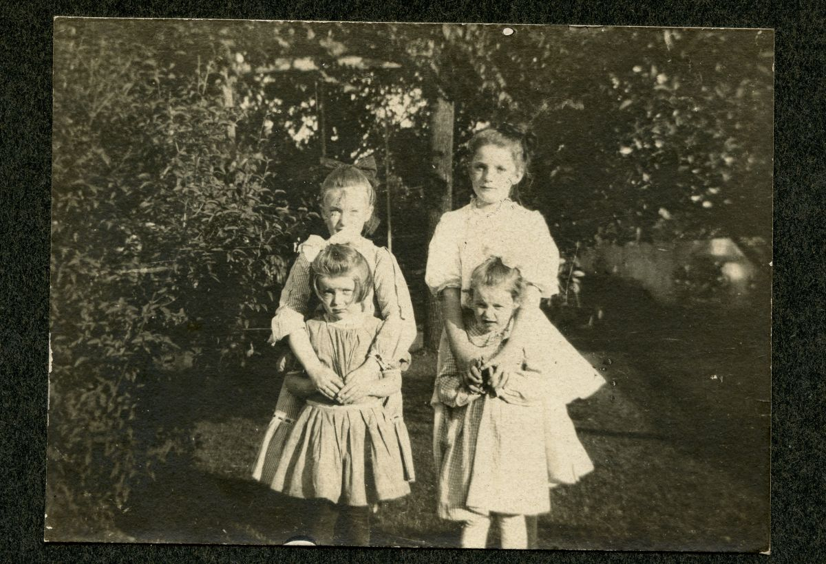 Helen Haupt, Ann Lenhard, Mary Lenhard, and Ruth Haupt as Children