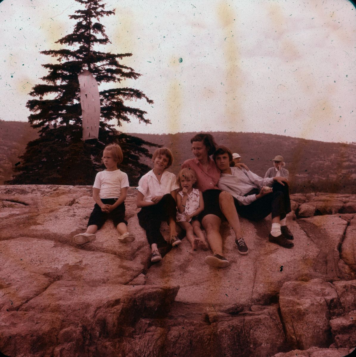 Laurie, Midge, Mary Anne, Mary Louise, and Penny Hinckley at Baker Island