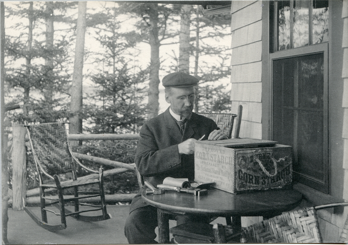 Henry Lathrop Rand Mending the Fishbox