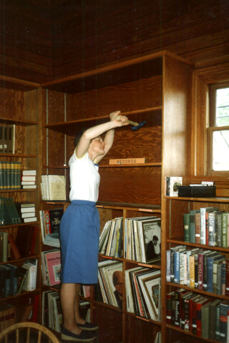 Librarian Meredith Hutchins in the Spring of 1984