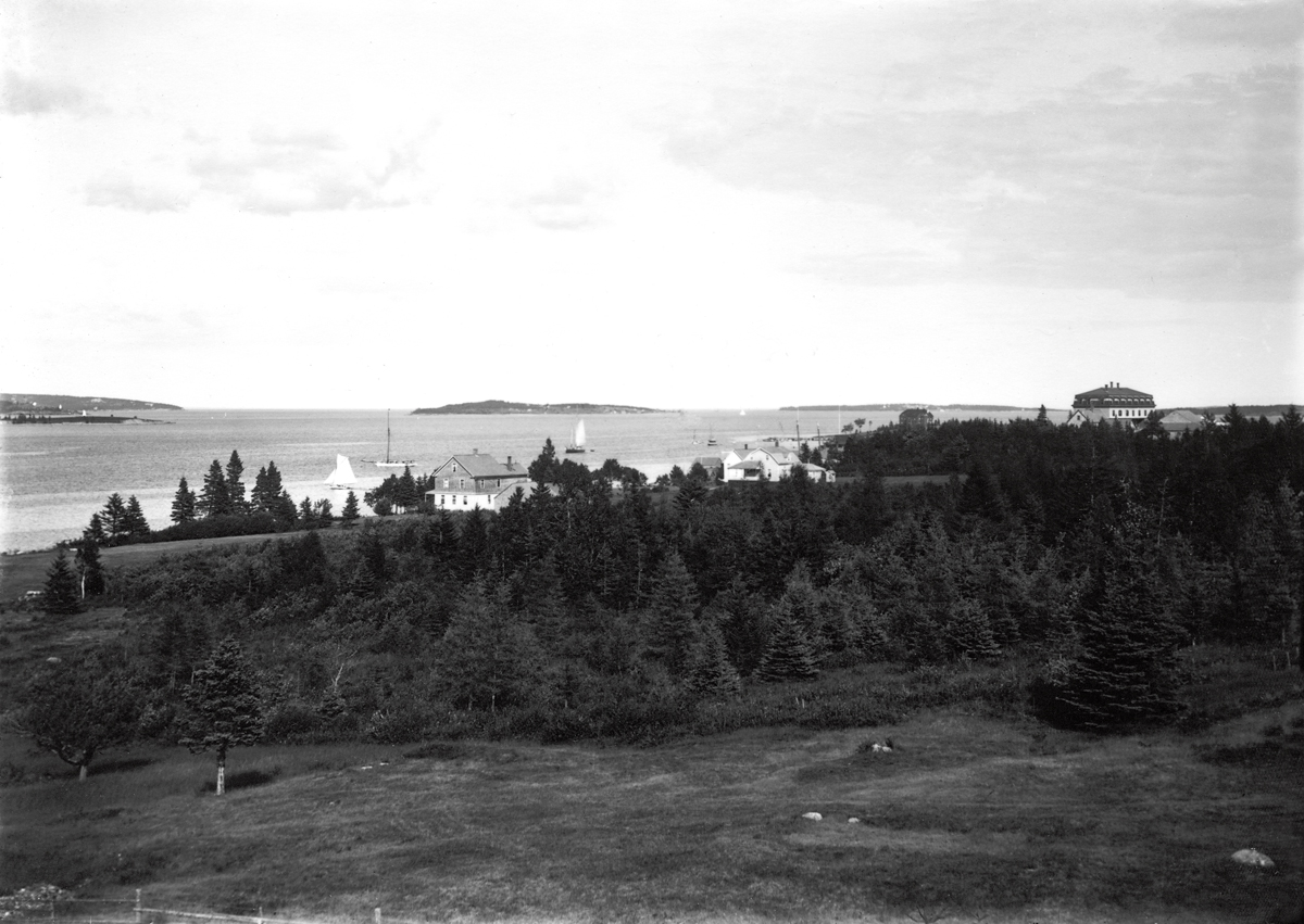 Manset Shore Showing Ocean House and Stanley House