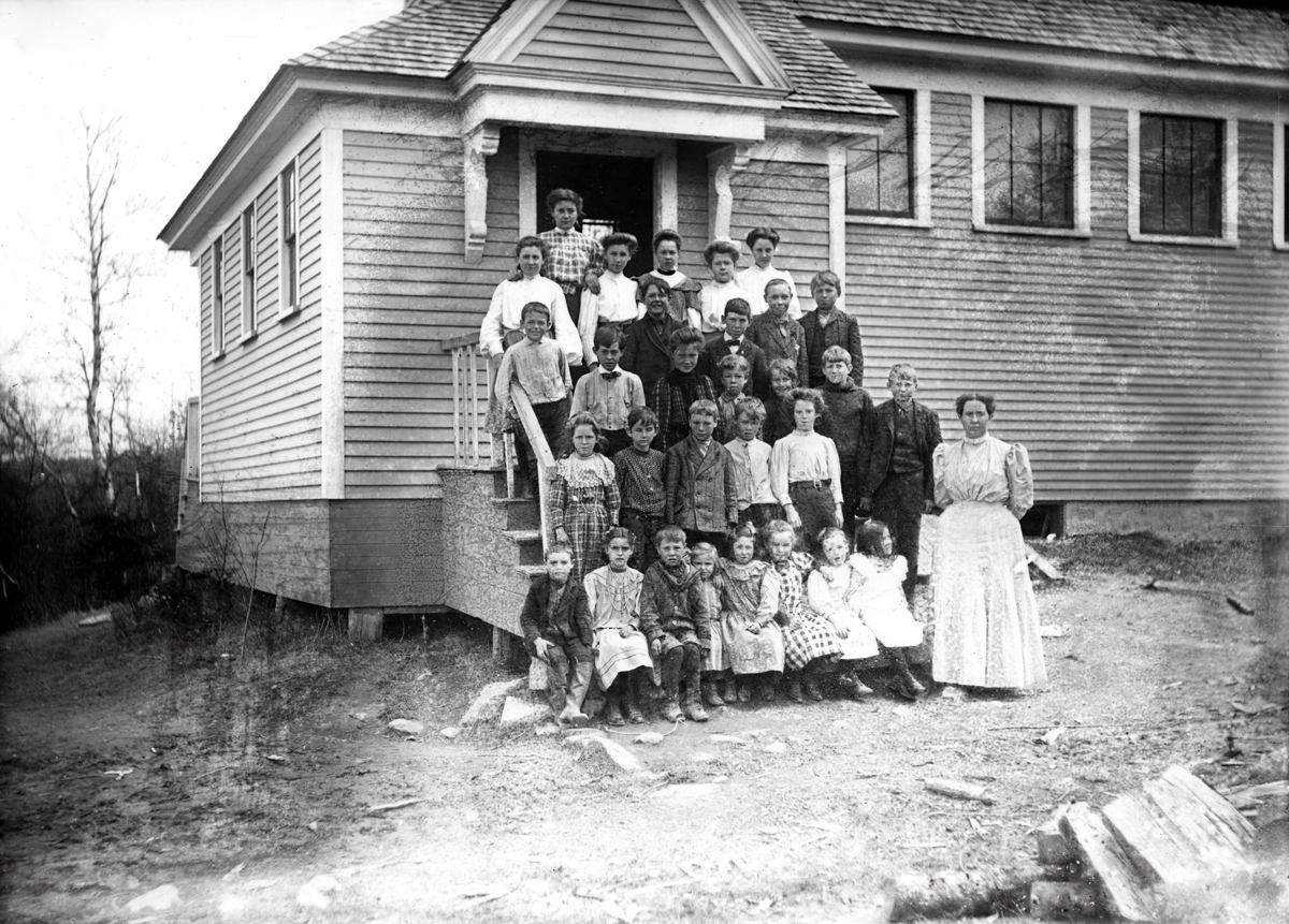 Students and Teacher, Clara Allen,  of the Center School