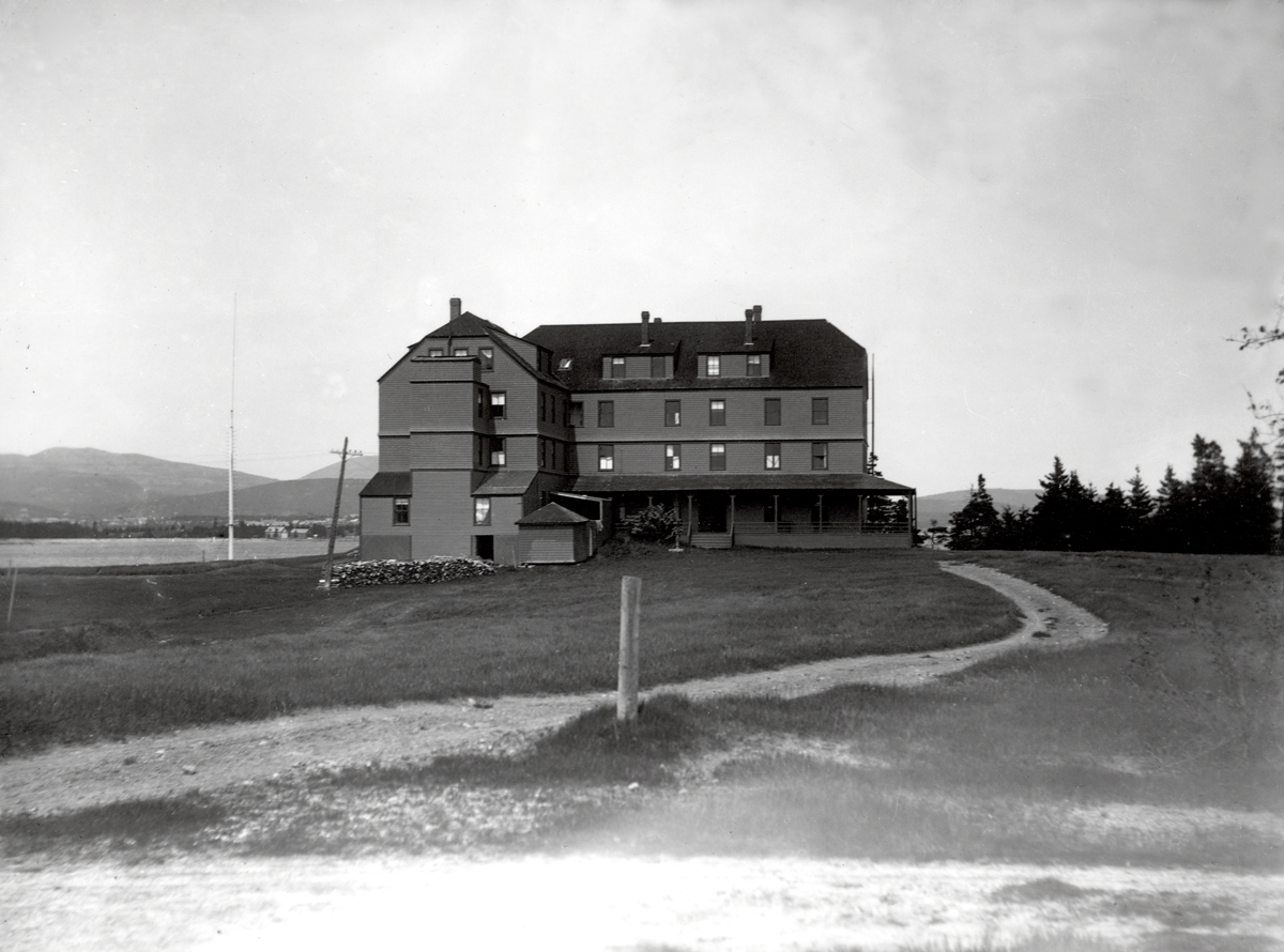 The Stanley House - 1900 Circa - Enlarged with Long Drive