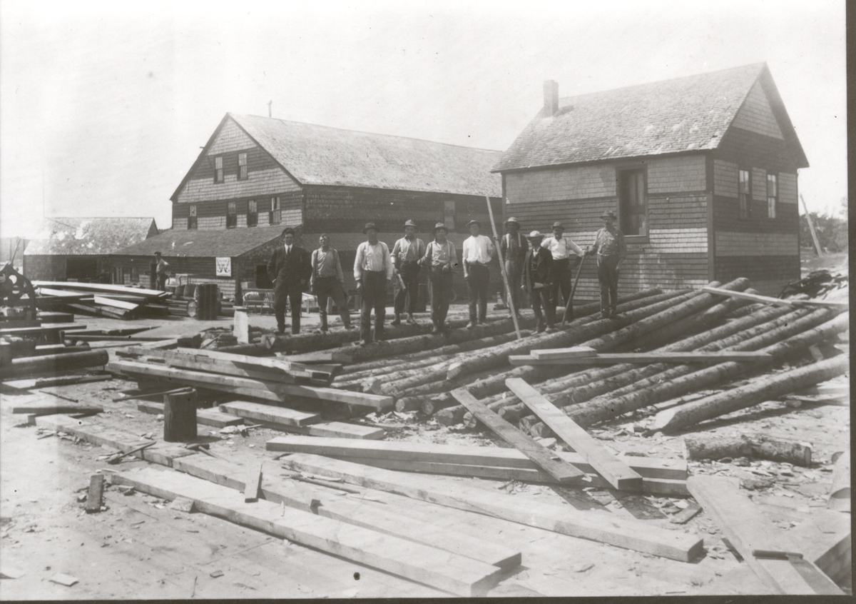 Rebuilding the Steamboat Wharf on Clark Point