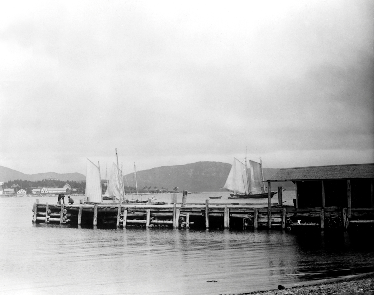 View from a Manset Pier to Clark Point