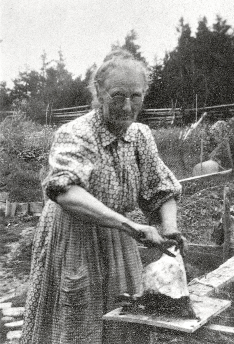 Eleanor Lena Shuman Butler Making Hogshead Cheese
