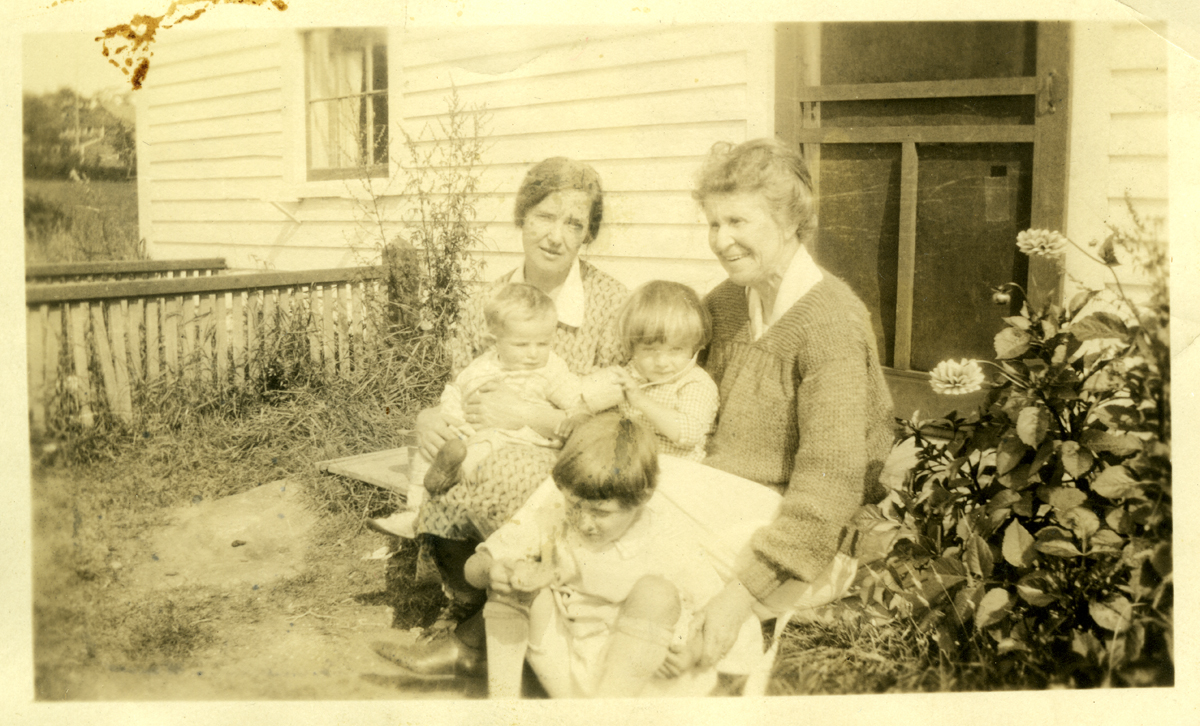 Ina Caroline Cad (Robinson) Lawler, Mrs. Allen Jacob Lawler and Family