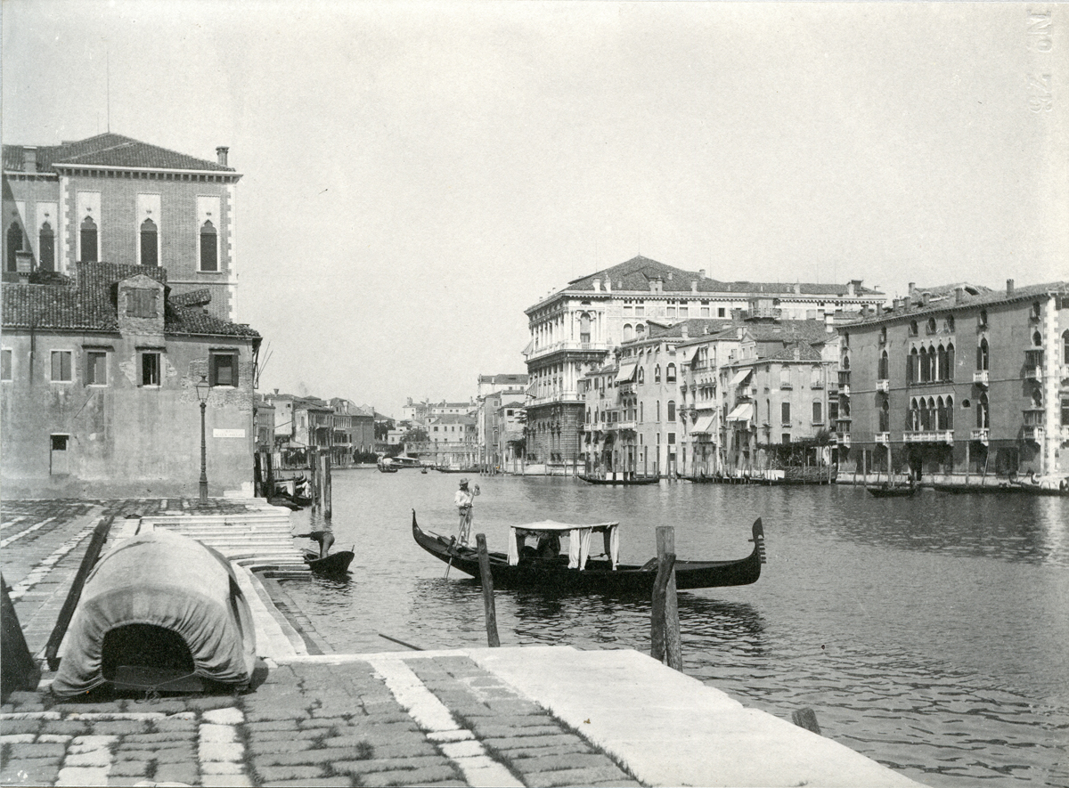 Entrance of the Grand Canal, Venice - Photo 18