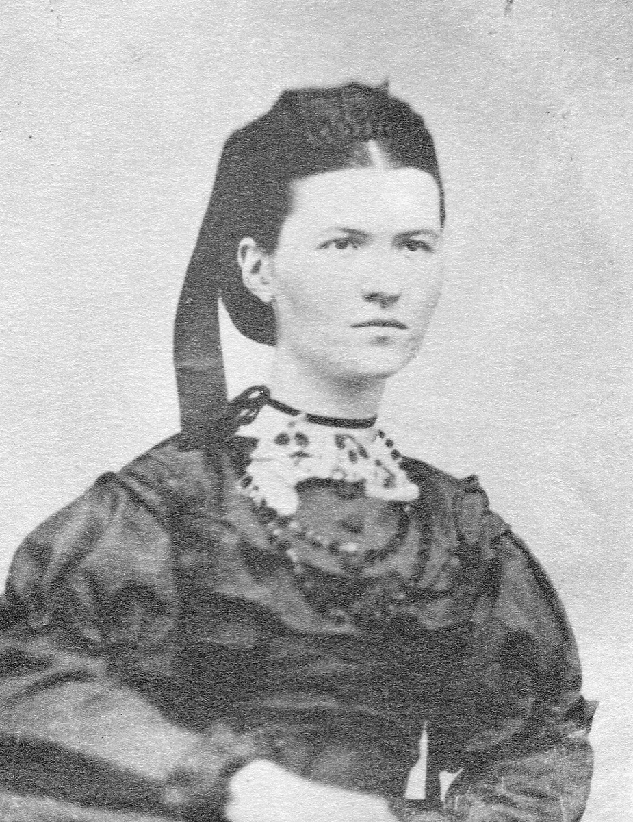 Lucy Ella Lawler - Mrs. William Holden Whitmore