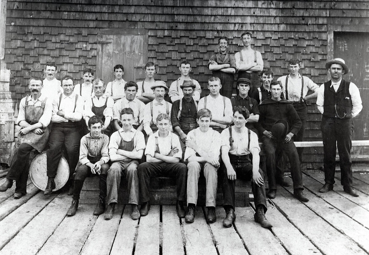Alton E. Farnsworth and Workers at the Farnsworth Fish Factory, Southwest Harbor