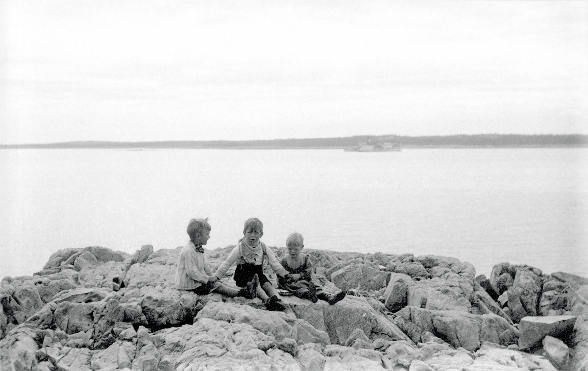 Spurling Children at a Picnic on the shore at Great Cranberry Island