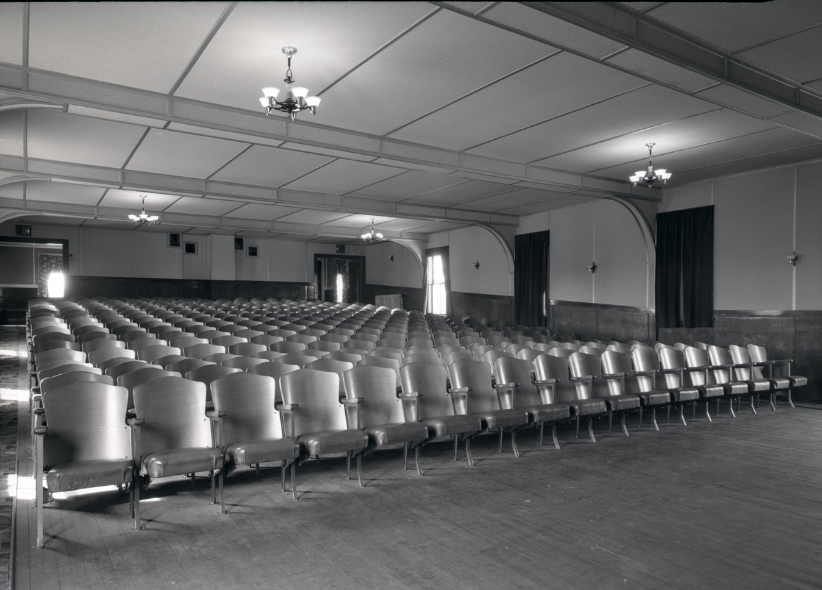 H.G. Reed, Inc. - Neptune Theater - Seats from the Front